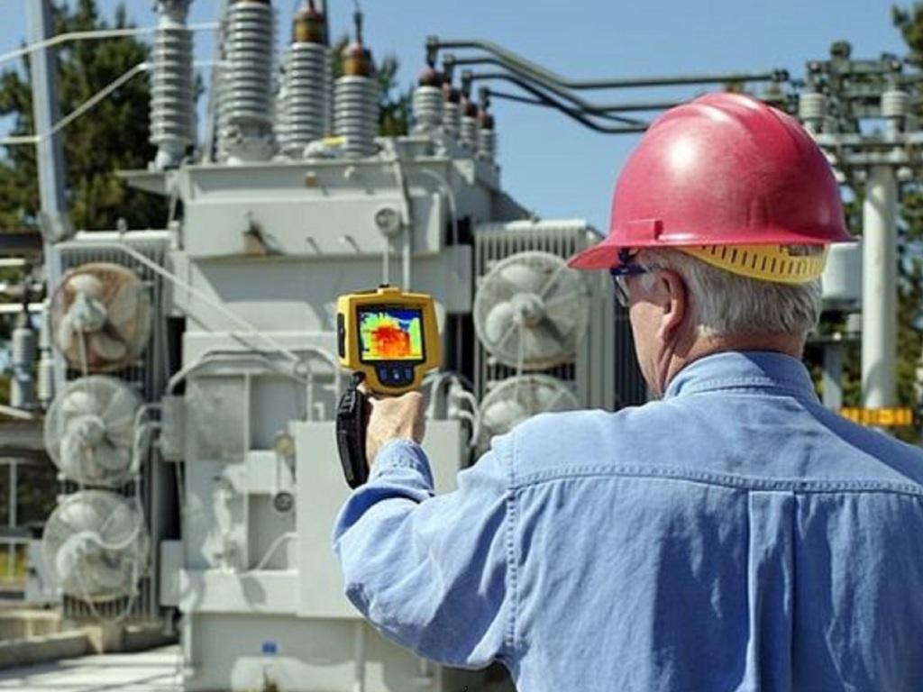 Обслуживание электрических сетей: ремонт и реконструкция